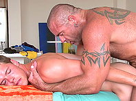 Horny poofter Trace Michaels smashes Jackson Price's asshole